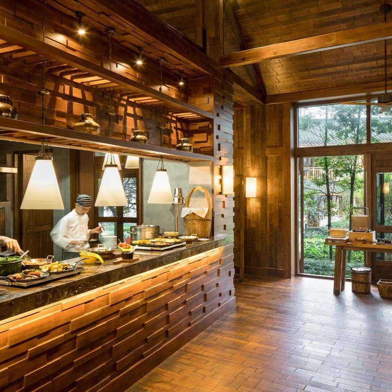 Qing-Cheng-Mountain-China-Farm2Fork-open-kitchen.jpg