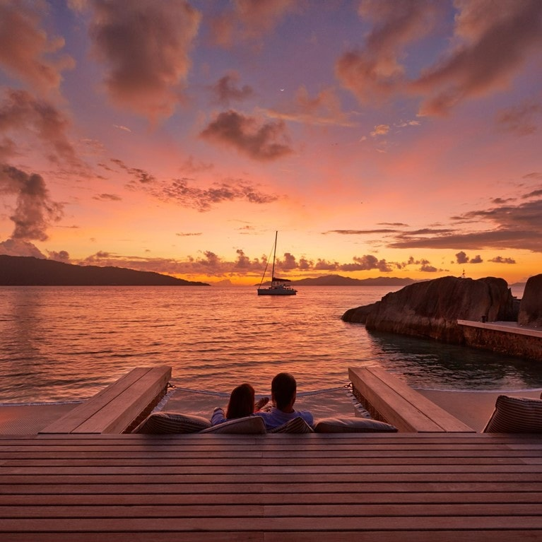 Felicite-Seychelles-Sunset-from-Koko-Bar2.jpg