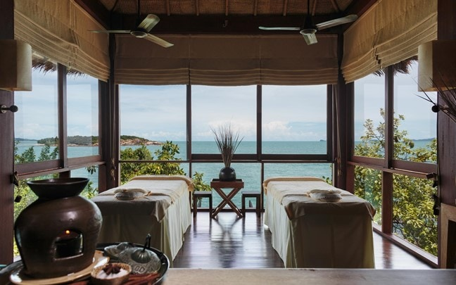 Samui Thailand Six Senses Spa treatment room