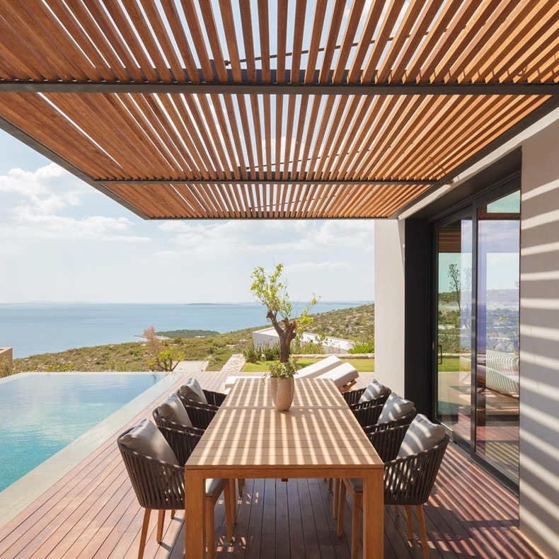 Kaplankaya Turkey Residence outdoor table