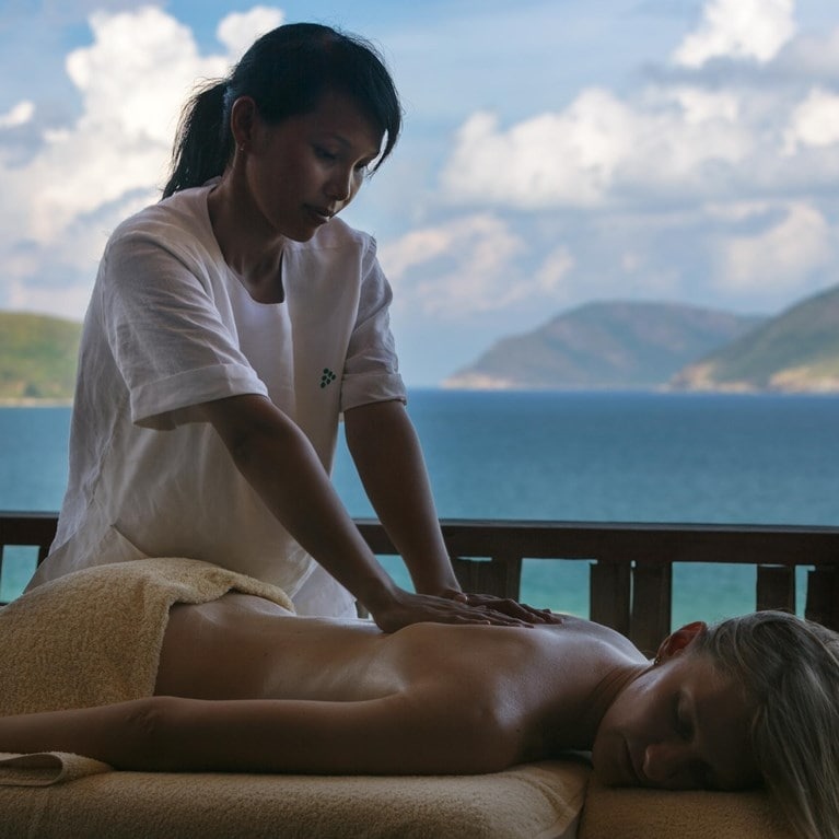 Con-Dao-Vietnam-Massage-at-Six-Senses-Spa.jpg