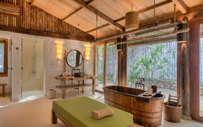 Ninh Van Bay Vietnam Beach_Villa_Bathroom