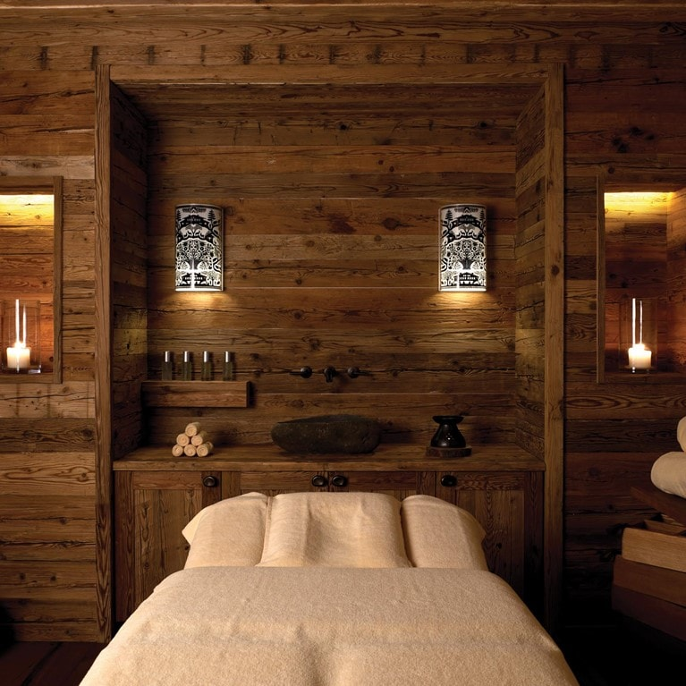 Gstaad-Switzerland-Treatment-Room.jpg
