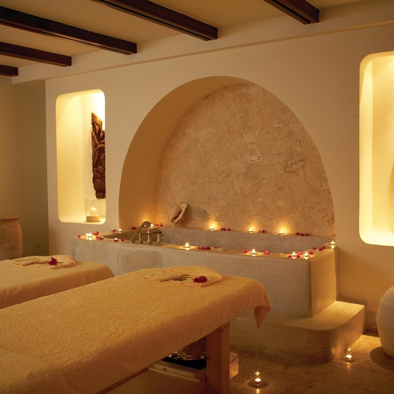 Puntacana-Dominican-Republic-Couple-bath.jpg