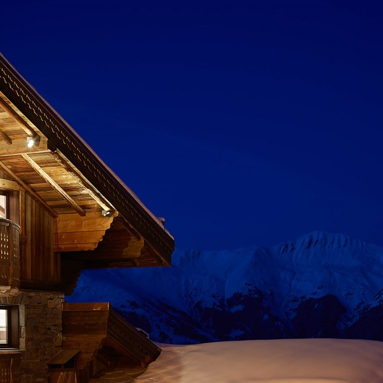 Courchevel-France-Courchevel-North-view-from-Residences-night.jpg