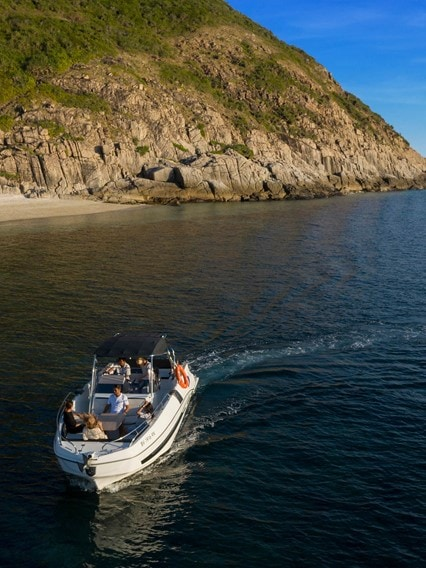 Island Escapes and Boat Charters