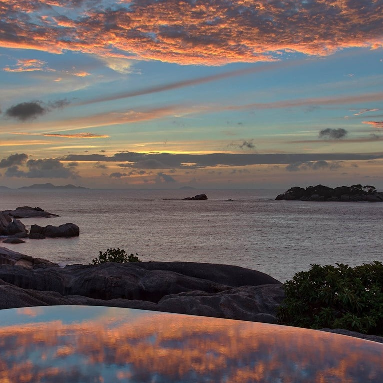 Felicite-Seychelles-Spa-Pool-sunset_cropped.jpg