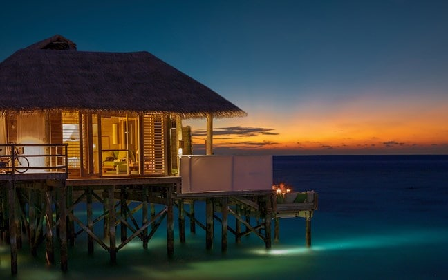 Sunset Laamu Water Villa with Pool